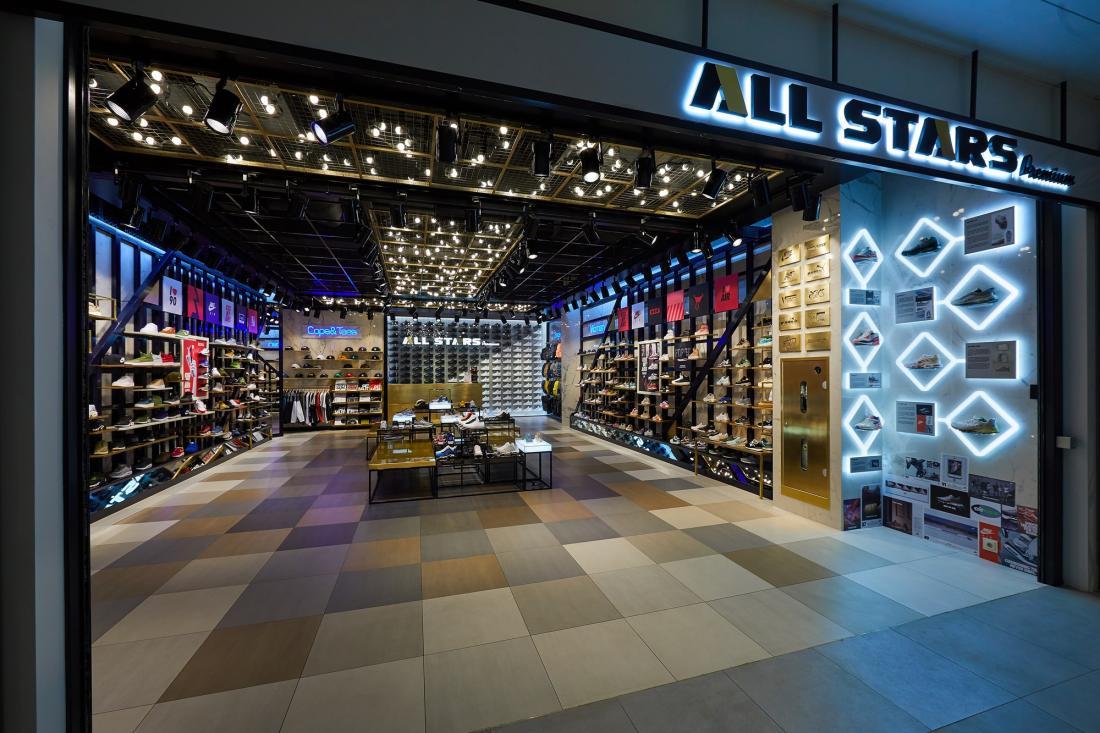 Магазин недели  ALL STARS Premium в киевском ЦУМе — RetailersUA 486a2c57fc72d