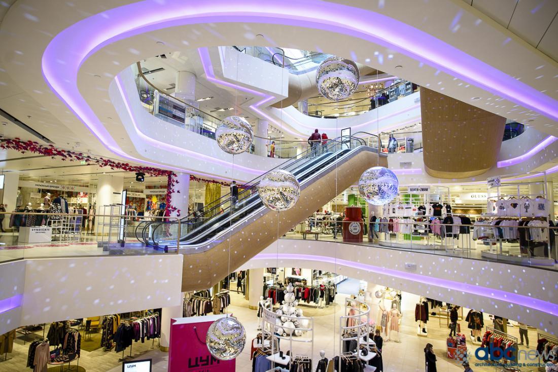a681a734 По итогам первых четырех месяцев этого года киевский ЦУМ увеличил  посещаемость на 36% и продажи более чем на 50%